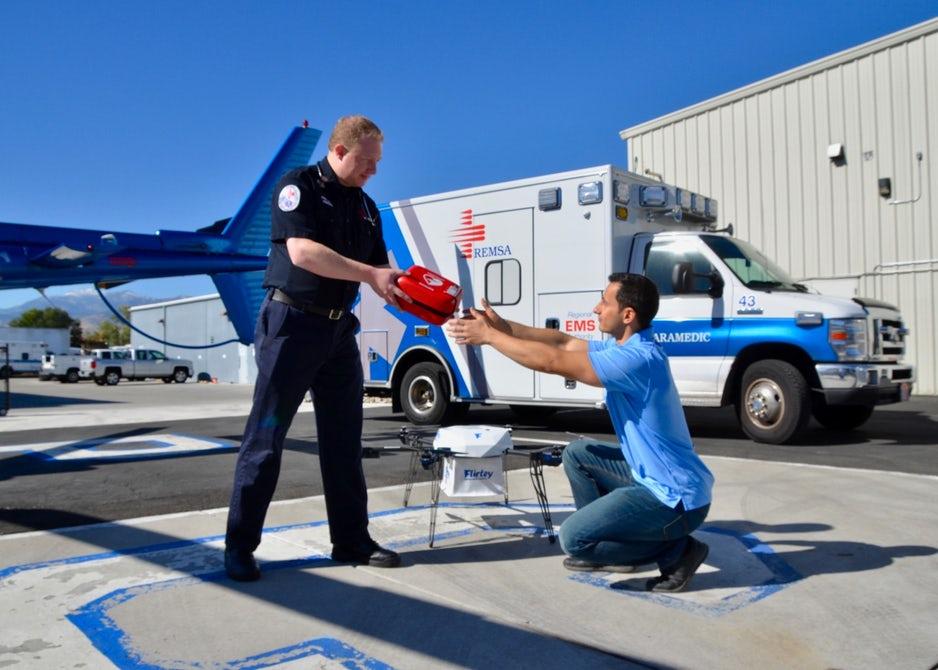 В США разрабатывают беспилотную систему доставки дефибрилляторов