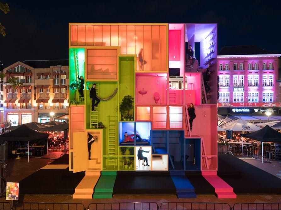 """В Голландии представили концепт многоквартирного дома в стиле """"Тетрис"""""""