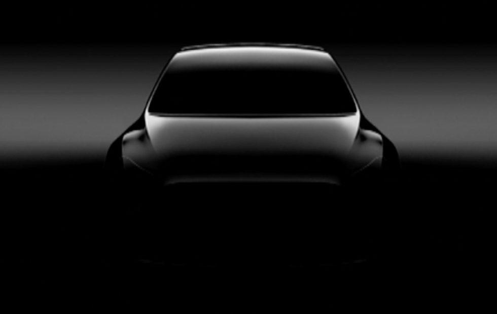 Новый компактный кроссовер Tesla: известны сроки выпуска