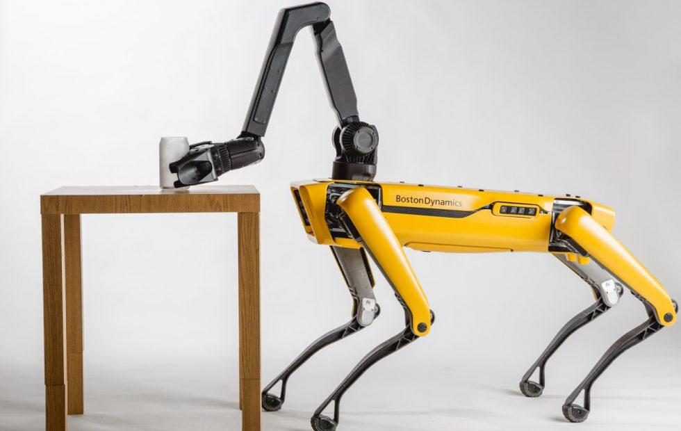 Boston Dynamics запустит продажу роботов SpotMini в 2019 году