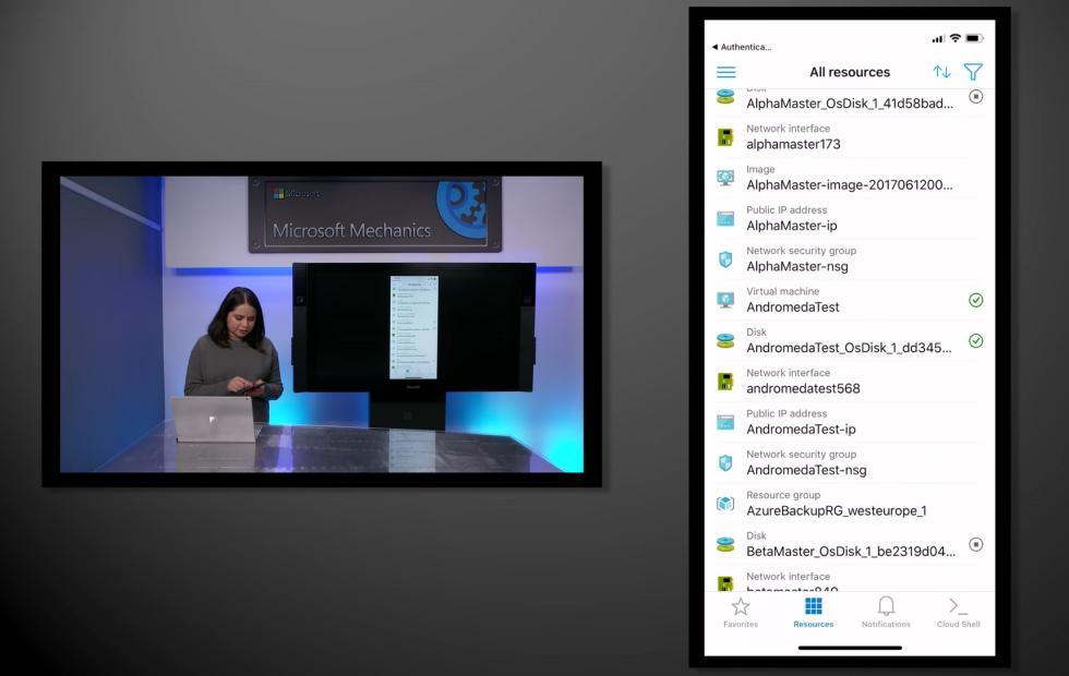 Surface Phone отMicrosoft поступит в реализацию в предстоящем году