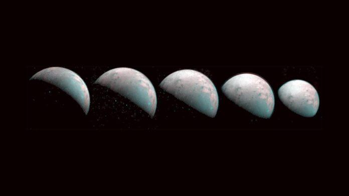 НАСА опубликовала снимки Ганимеда, спутника-луны Юпитера