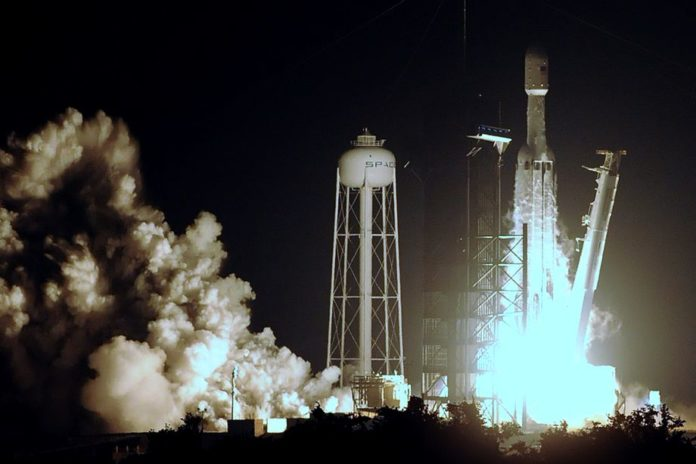 SpaceX будет выполнять космические миссии для Министерства обороны США