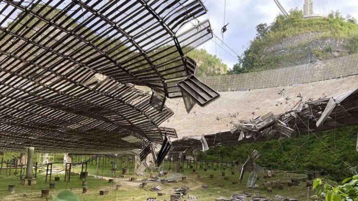 Радиотелескоп Аресибо сильно пострадал от обрушившегося кабеля