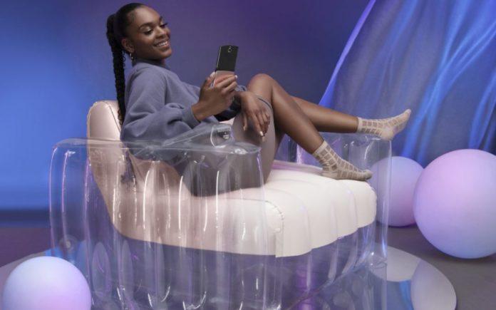 Motorola выпускает уникальное надувное кресло CH(AIR)