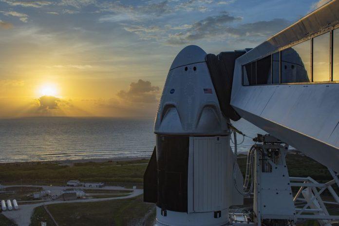 SpaceX и NASA откладывают запуск Crew-1