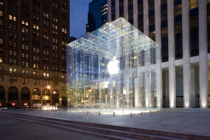 Apple меняет политику доставки своей продукции, купленной через сайт