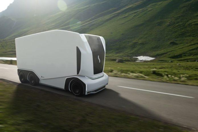Стартап Einride представил 4 беспилотных электрических грузовика