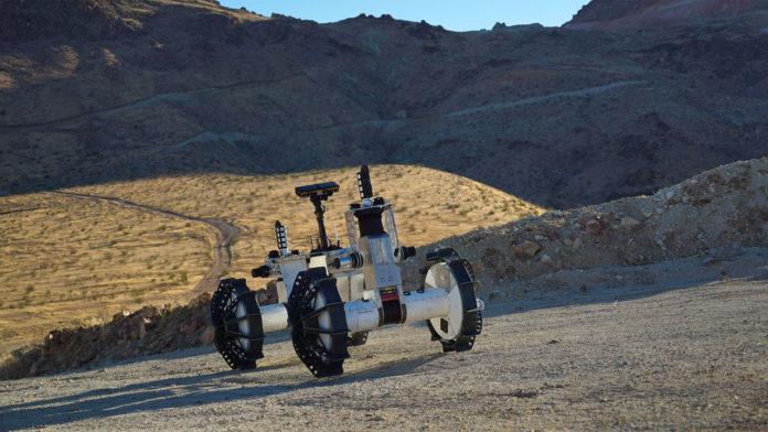 НАСА тестирует нового ровера DuAxel в пустыне Мохаве
