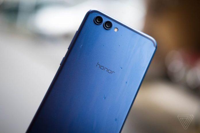 Huawei продаёт свой бизнес Honor
