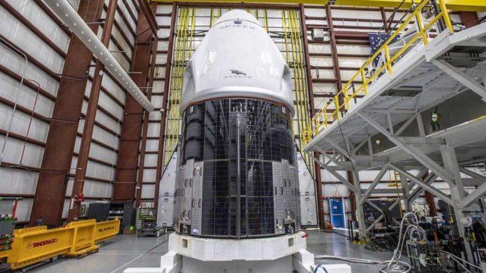 SpaceX вскоре запустит обновленный шаттл Crew Dragon