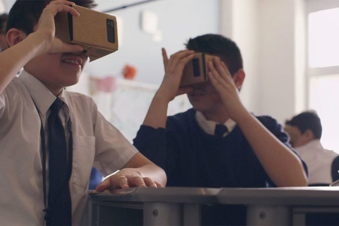 Google перенесёт свои виртуальные туры из VR в Google Arts&Culture
