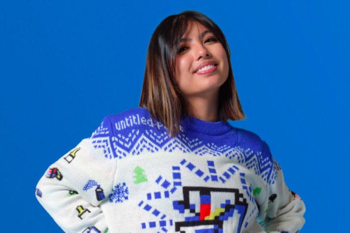 Microsoft продаёт необычные праздничные свитера