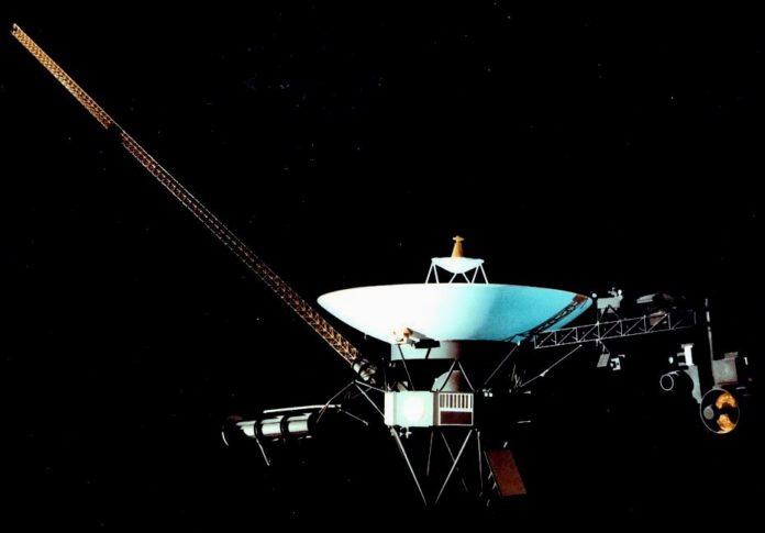 Спутники Voyager зарегистрировали необычные сигналы электронов