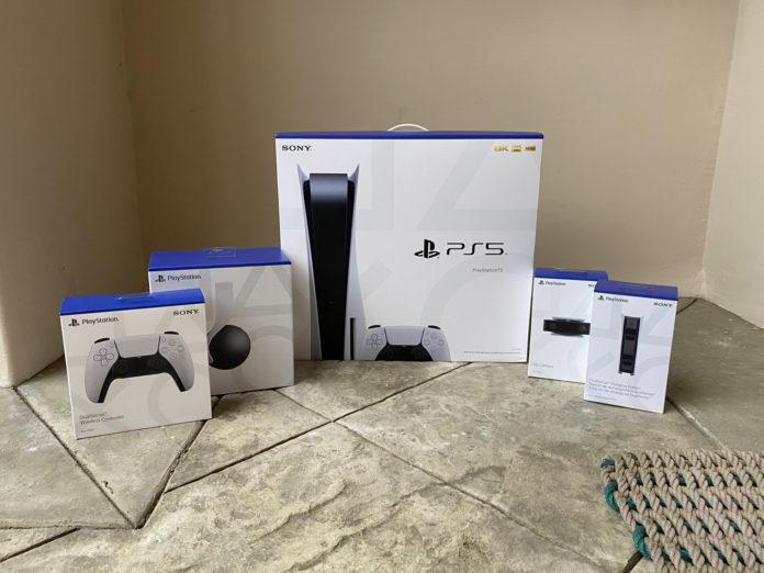 Sony увеличит количество доступных консолей PS5 в следующем году