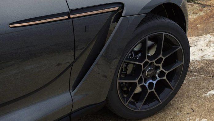 Aston Martin выпускает эксклюзивную версию внедорожника DBX Bowmore Edition