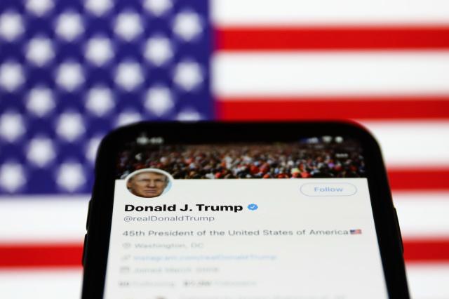 Twitter более явно помечает твиты Трампа как лживые