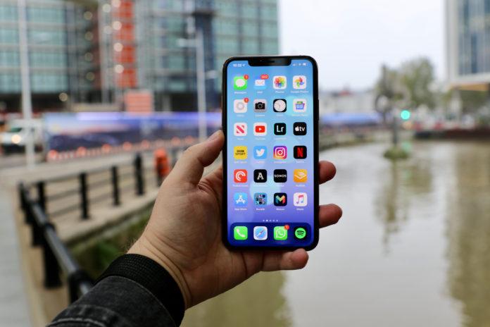 Все iPhone были подвержены уязвимости, которая могла стоить вам всех ваших данных и не только