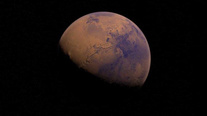 Исследователи собирают информацию о Марсе