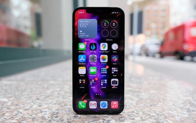 iPhone 12S получит подэкранный сканер отпечатков пальцев