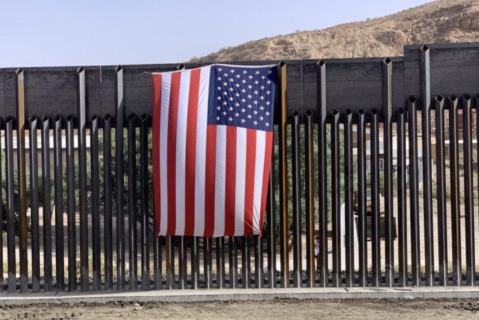 Сухопутные границы США снова открываются для некоторых стран